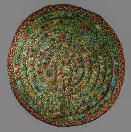 hooked and braided rug: PRINTS-Kris-McDermett